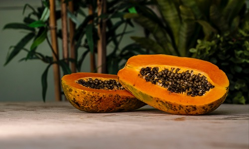 Treat Your Skin to Potent Papaya